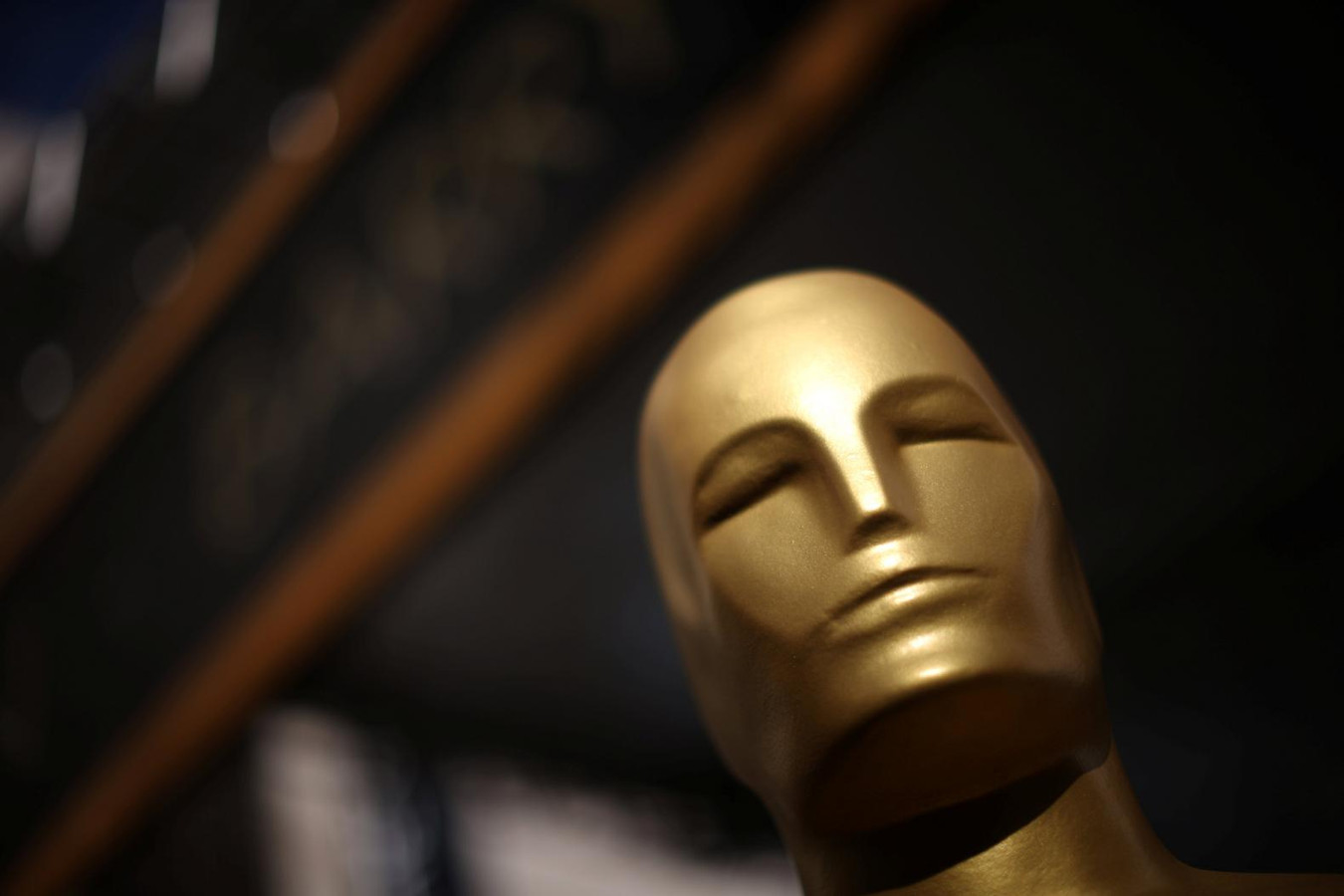 62april09 in addition Enlaces additionally Photos in addition Sui He likewise Photos. on oscars