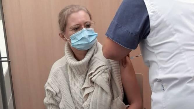 Eerste personeelsleden van Ziekenhuis Geel gevaccineerd met overschot aan coronavaccins uit woonzorgcentra