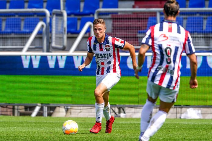 Robin Lauwers (links) komt over van Willem II naar Jong PSV.