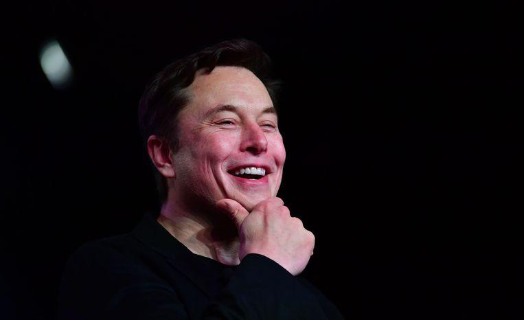 De excentrieke miljardair Elon Musk twitterde recent dat de piramiden door buitenaardse wezens moeten zijn gebouwd.