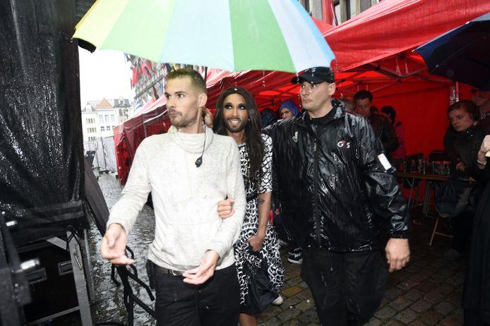 Vorig jaar kwam Conchita Wurst ook al naar Antwerp Pride, weliswaar in de gietende regen.