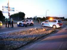 Motorrijder gewond na aanrijding met auto in Waardenburg