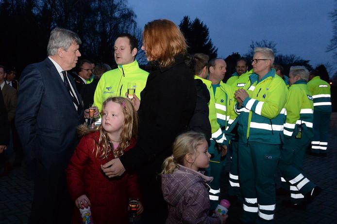 In 2014 kwam toenmalig minister Ivo Opstelten naar Gennep om de nieuwe  brandweerkazerne te openen. Daarin was ook de ambulancepost. Die is inmiddels opgeheven. Ambulances komen na een 112-melding vanuit het Limburgse Well.