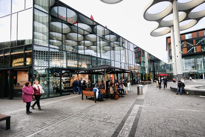 Het nieuwe Stationsplein van Utrecht kent volop nieuwe fastfoodketens, zoals Manneken Pis en Doner Company.