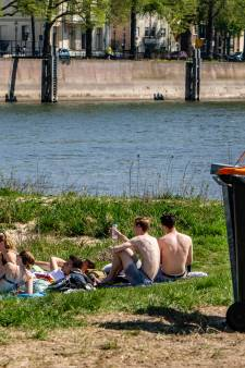 Maatregelen tegen rotzooi bij IJssel in Deventer: eerst zien, dan geloven
