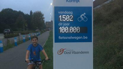 Arnd (9) is 100.000ste getelde fietser