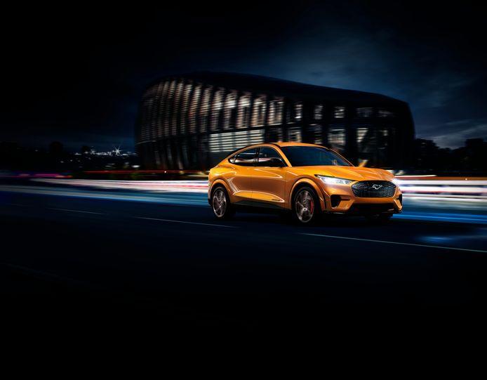 De Ford Mustang Mach E GT in 'Cyber Orange'