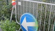 Verzakking op kruispunt Weststraat met Schoolstraat in Sleidinge