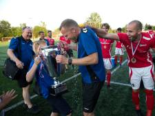AZSV naar sportpark Wesley Sneijder