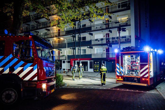 Brand in een Tilburgs flatgebouw.