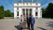 Geert Bourgeois (N-VA) geeft kleine 2,4 miljoen euro premie voor restauratie kasteel Hof ter Linden