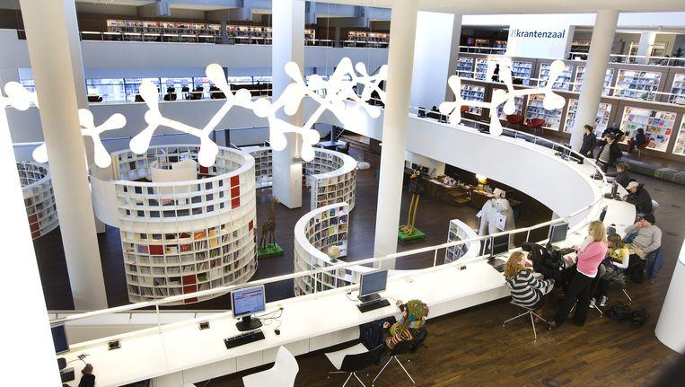 Ruim de helft van de ondervraagden vindt dat bibliotheken alle e-books moeten kunnen aanbieden. Beeld anp