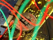 Aanhoudingen voor diefstal cryptogeld in Amsterdam