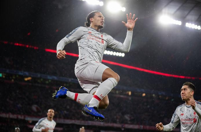 Virgil van Dijk scoorde de 1-2 van Liverpool tegen Bayern München.