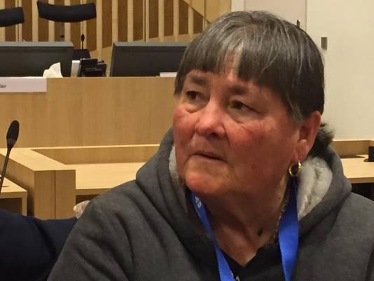Moeder Maria van Mitch Henriquez in de rechtbank op Schiphol vandaag - foto met toestemming gemaakt