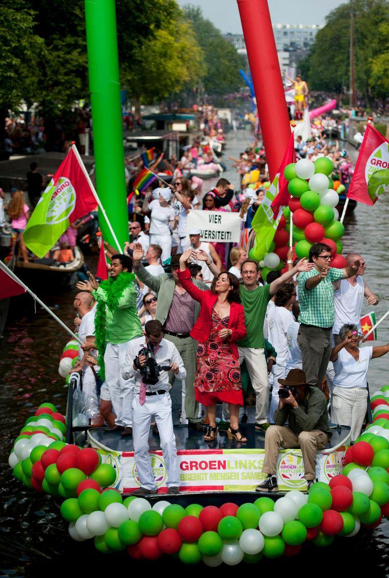 De boot van GroenLinks tijdens de Amsterdamse Gay Pride in 2012. Beeld An-Sofie Kesteleyn / de Volkskrant