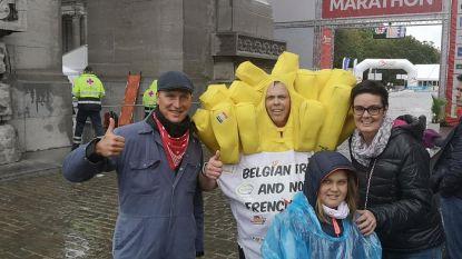 Joeri (43) haalt finish marathon Brussel in zwaar frietkostuum op 34 seconden van tijdslimiet