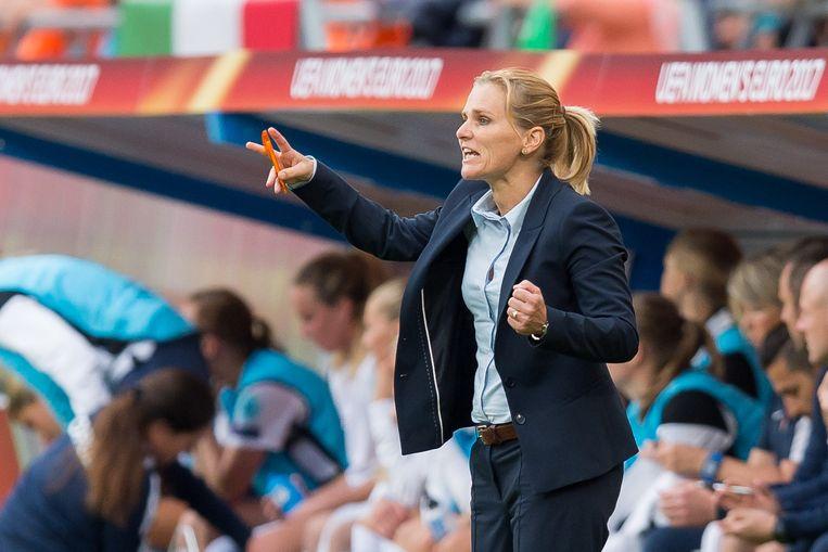 Bondscoach Sarina Wiegman afgelopen zomer tijdens de EK-wedstrijd tegen Noorwegen in Utrecht. Beeld Getty Images