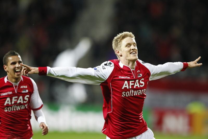 Rasmus Elm is uitzinnig van vreugde na zijn fraaie openingstreffer. ©PRO SHOTS