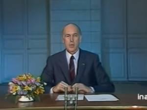"""""""Au revoir"""": la séquence culte de Valéry Giscard d'Estaing"""