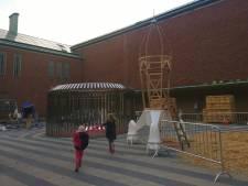 Geen kerstboom maar 'spaceboom' op binnenplaats Boijmans