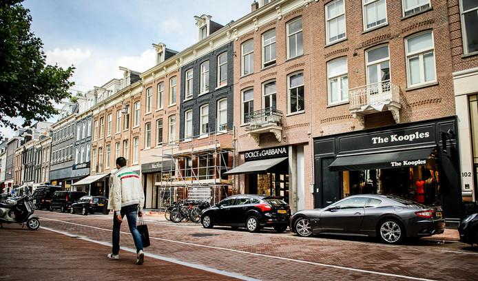 De overval werd gepleegd op een juwelier in de P.C. Hooftstraat in Zuid.