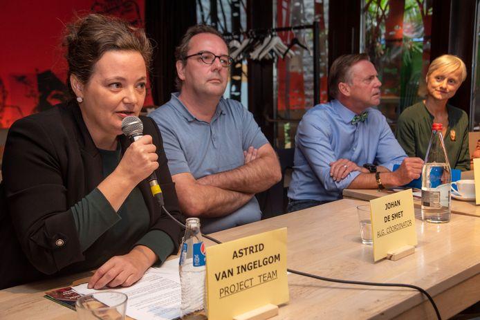 Astrid Van Ingelom stelt het Van Eyck jaar voor op Speakers Corner.