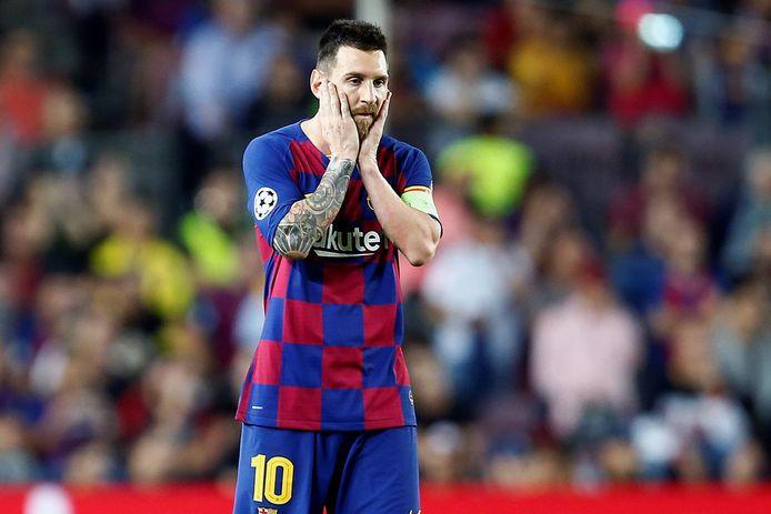 De spelers van Barcelona worden vandaag getest op Covid-19. Messi komt naar alle waarschijnlijkheid niet opdagen.