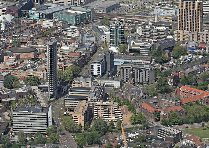 De Vestdijk in Eindhoven; doorgaand verkeer is onderwerp van een rechtszaak van omwonenden en Milieudefensie tegen de gemeente Eindhoven