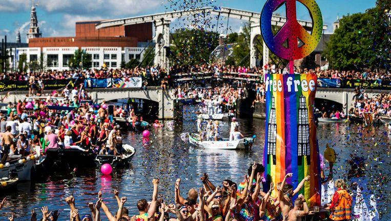 De Magere Brug tijdens een eerdere editie van de Parade. Beeld anp
