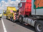 File op A16 bij Breda door ongeval met drie vrachtwagens