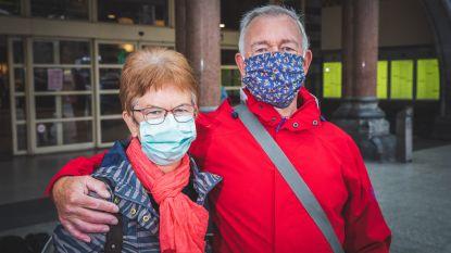 Versoepeling van de maatregelen in beeld: pendelaars met mondmaskers in alle kleuren en geuren