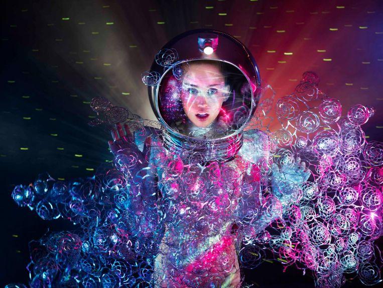 Miley Cyrus in Iris van Herpen