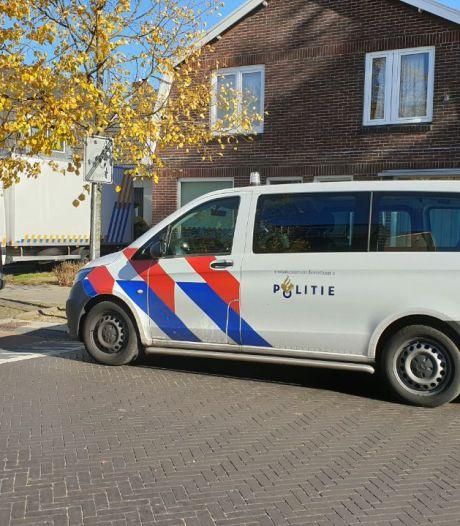 Politie ontdekt hennepkwekerij bij woning in Overdinkel