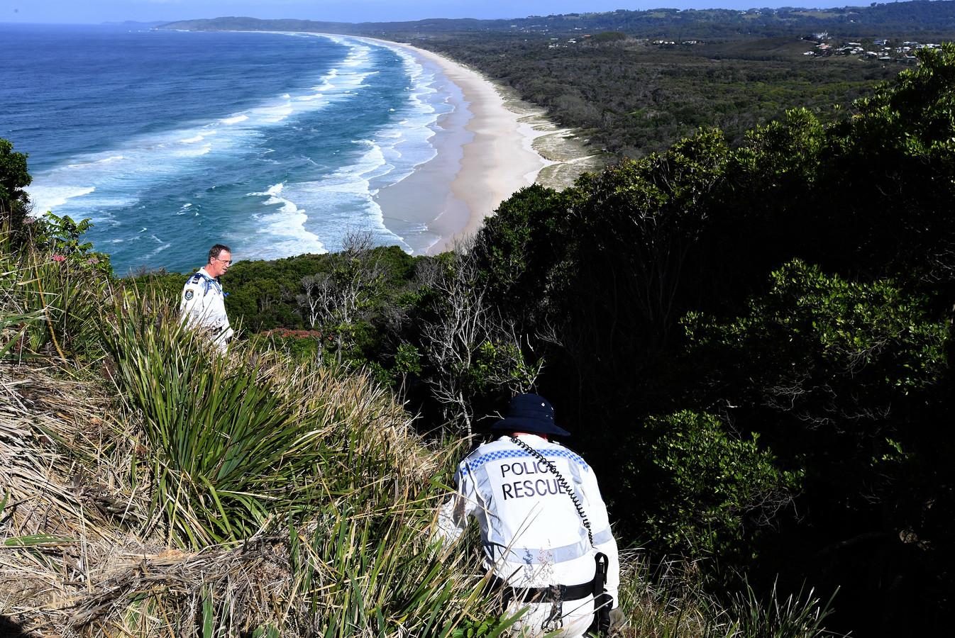 Politie zoekt naar Théo Hayez in het uitgestrekt gebied rond Cape Byron.