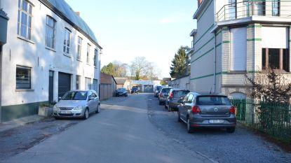 """""""Parkeerkater dreigt in Groendreef"""""""