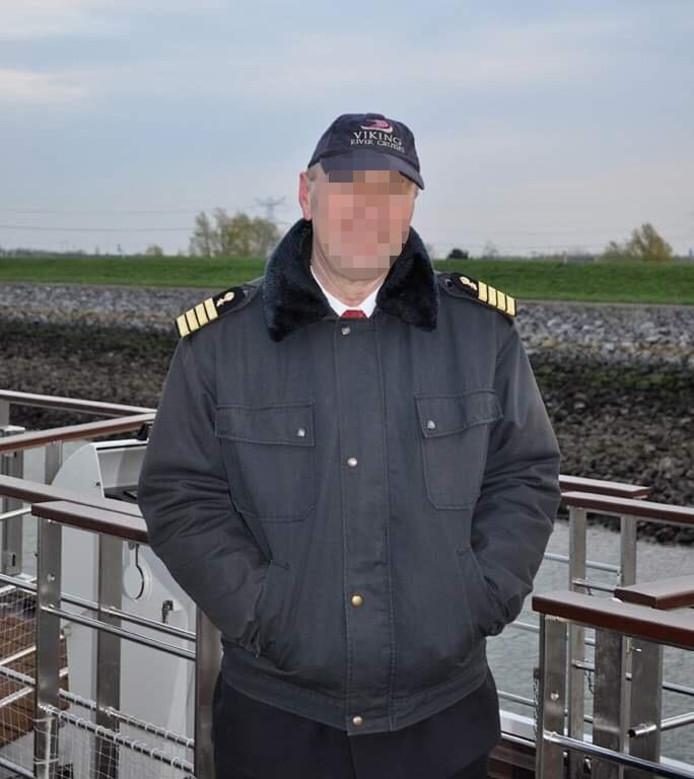 Kapitein Yuriy C., verdacht van betrokkenheid bij de dood van zeker 17 passagiers.