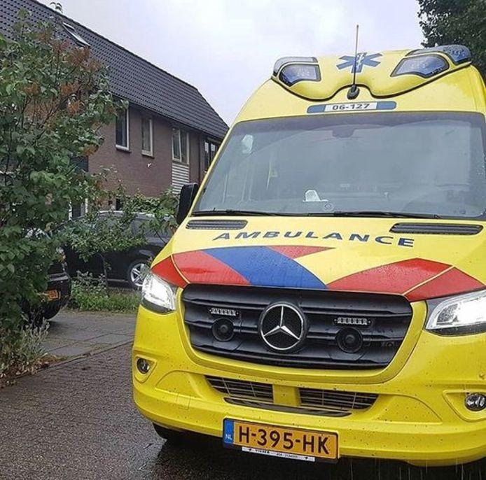 Of die ambulance niet eens aan de kant kan, vroeg een boze automobilist.