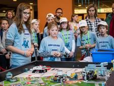 Almelose basisscholen in de prijzen bij regiofinale LEGO-wedstrijd in Enschede