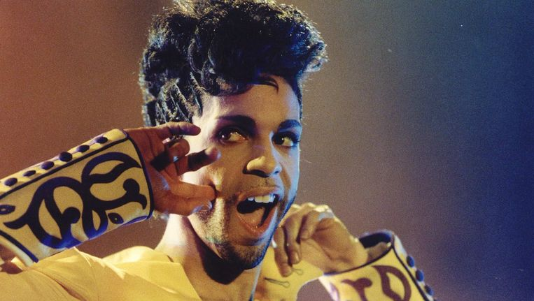 Prince in 1995 in Rotterdam. Beeld null