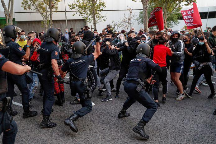 Gisteren nog was er een confrontatie tussen de politie en demonstranten in Madrid.