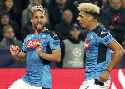 Deux buts, un assist: Mertens porte le Napoli et dépasse Maradona