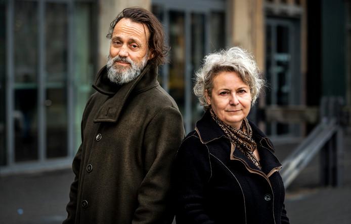 Hugo Borst en Carin Gaemers, de initiatiefnemers van het manifest Scherp op Ouderenzorg