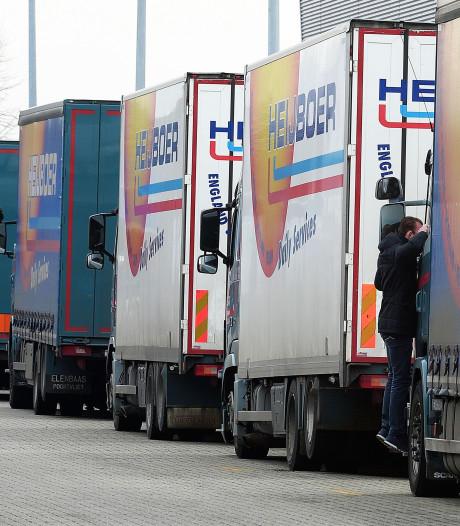 Honderden bezoekers op kijkdag bij failliet transportbedrijf Heijboer in Etten-Leur