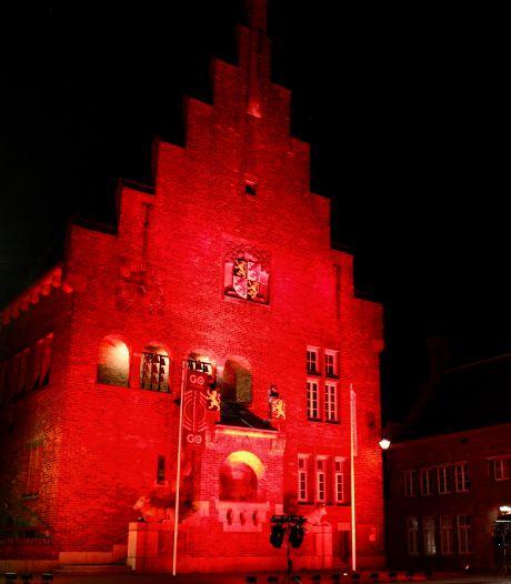 Kropholler Waalwijk kleurt rood: 'Het is vijf voor twaalf voor de evenementenbranche'