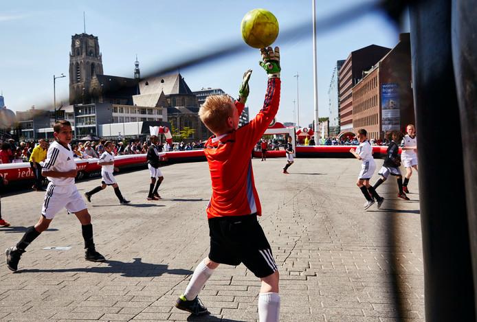 Finales van de Feyenoord Street League op de Binnenrotte in 2015.