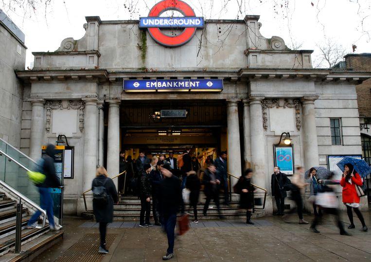 Het metrostation Embankment in Londen.  Beeld AP
