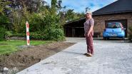 Heraanleg Hagewijkpark zorgt voor frustratie: bewoner ziet deel oprit opgebroken en niet volledig heraangelegd