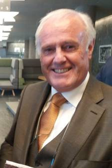 Hans van der Ven uit Poederoijen beleeft 'unieke en leerzame middag' bij opening vernieuwde provinciehuis