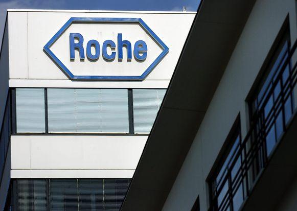 Gisteren gaf het farmabedrijf Roche al toe dat het onderworpen werd aan een onderzoek.